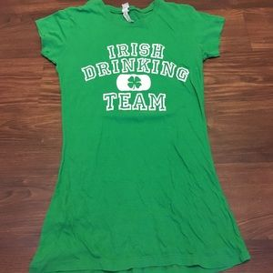 Tops - ☘️ St Paddy's Day T shirt